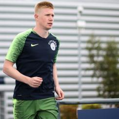 Kevin De Bruyne will miss three months with a knee injury