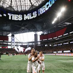 Josef Martinez ties the MLS single-season goal record