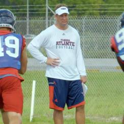 Lane Kiffin: FAU coach on Twitter, USC, Tennessee and his career