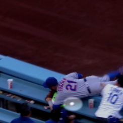 Todd Frazier catch: Mets 3B shows ump rubber ball (video)
