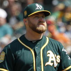 Shawn Kelley injury: Oakland A's P hurt washing dishes