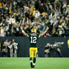 Aaron Rodgers, Brett Favre, Packers, tom brady, patriots, tom vs time