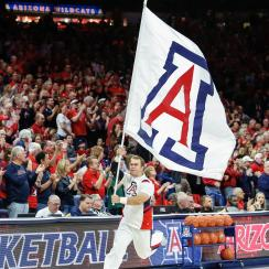 nico-mannion-commits-arizona