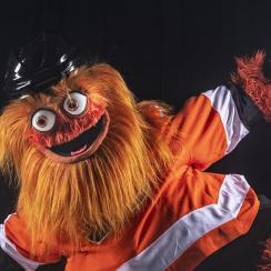 Philadelphia Flyers mascot 'Gritty' debuts (photos, video)