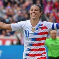 Carli Lloyd scores for the USA vs. Panama