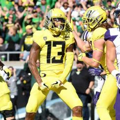 Oregon vs. Washington: Ducks shake up Pac-12's playoff hopes