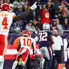 patriots ban fan who threw beer onto tyreek hill face
