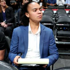 Kristi Toliver hired as assistant coach for Wizards