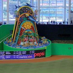 Derek Jeter, marlins, marlins home run sculpture, miami marlins