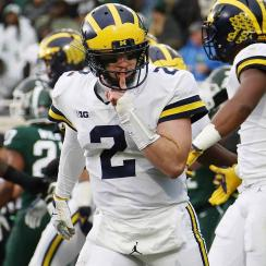 Michigan vs. Michigan State: Wolverines roll as Jim Harbaugh stays hot