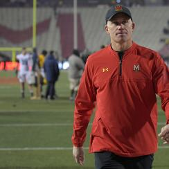 The Maryland Terrapins play the Michigan Wolverines