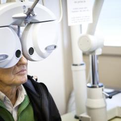 Free eye exams for NFL refs