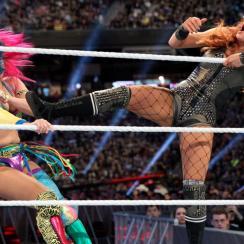 Becky Lynch vs. Asuka