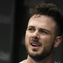 kris-bryant-dunk-video