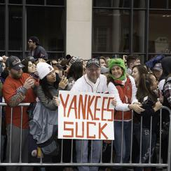 boston, boston red sox, boston bruins, yankees, new york yankees, Colin Jost, michael che, wrestlemania