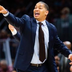Tyronn Lue meeting with Lakers