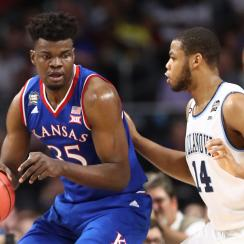 Udoka Azubuike returning for senior season at Kansas