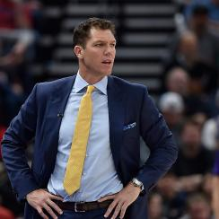 kelli-tennant-press-conference-luke-walton-sexual-assault-allegations