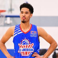 Johnny Juzang recruiting reclassifies Kentucky basketball Villanova Virginia Kansas