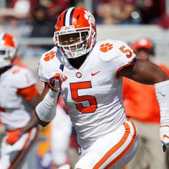 Shaq Smith: Clemson Tigers linebacker seeks transfer
