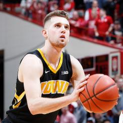Iowa basketball Jordan Bohannon injury hip surgery news updates