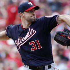 Max Scherzer breaks nose during batting practice