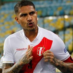 Paolo Guerrero leads Peru by Bolivia at Copa America