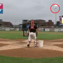 Rays prospect Chris Betts flips bat at home run derby (video)