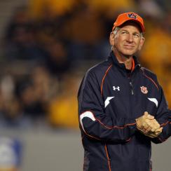 Tommy Tuberville leading primary poll