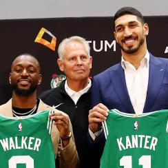 enes-kanter-kemba-walker-phone-call