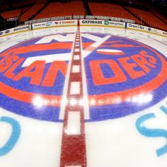 Carolina Hurricanes v New York Islanders - Game Two