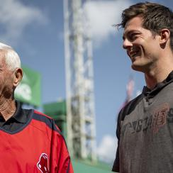 Mike Yastrzemski makes Fenway Park debut