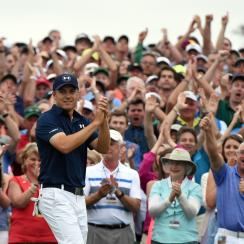 Jordan Spieth celebrates after winning the 2015 Masters.