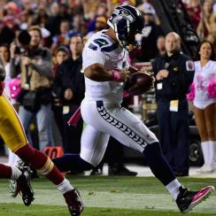 Seahawks, Russell Wilson escape with crucial win over Redskins