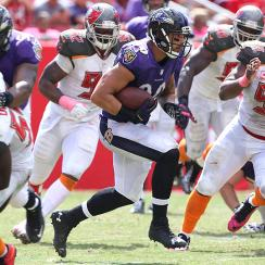 The All-22: Why is Buccaneers' defense still struggling under defensive-minded Lovie Smith?