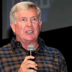 Former Texas coach Mack Brown joins ESPN
