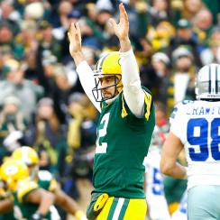 2014 NFL playoffs: Aaron Rodgers' stellar play, controversial call doom Dallas Cowboys