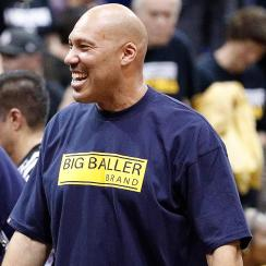 Report: LaVar Ball shopping reality show and documentary