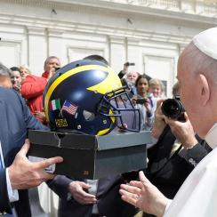 Jim Harbaugh gave Pope Francis some Michigan gear