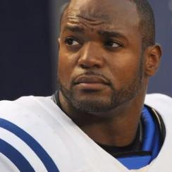Dwight Freeney To Retire As a Colt After 16 Seasons In The NFL