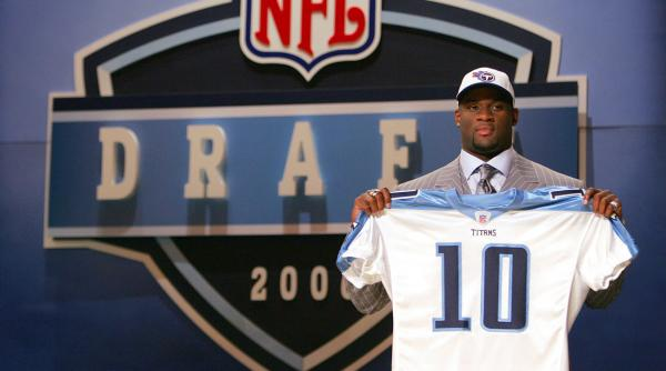 Vince-young-nfl-draft-titans-board