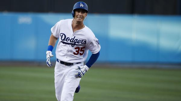 Cody-bellinger-hits-for-cycle