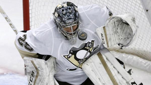 Marc-andre-fleury-penguins-save-against-blackhawks-nhl-960