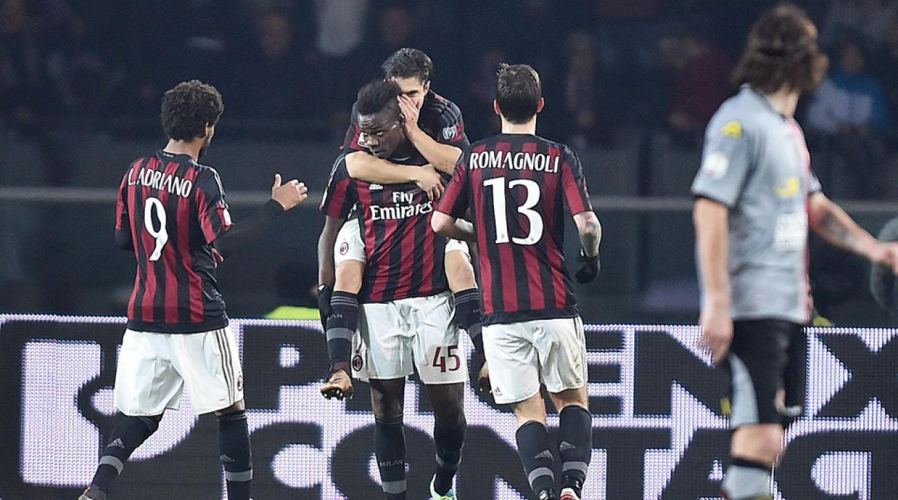 Mario Balotelli's penalty kick gives AC Milan the edge in Coppa Italia semifinals