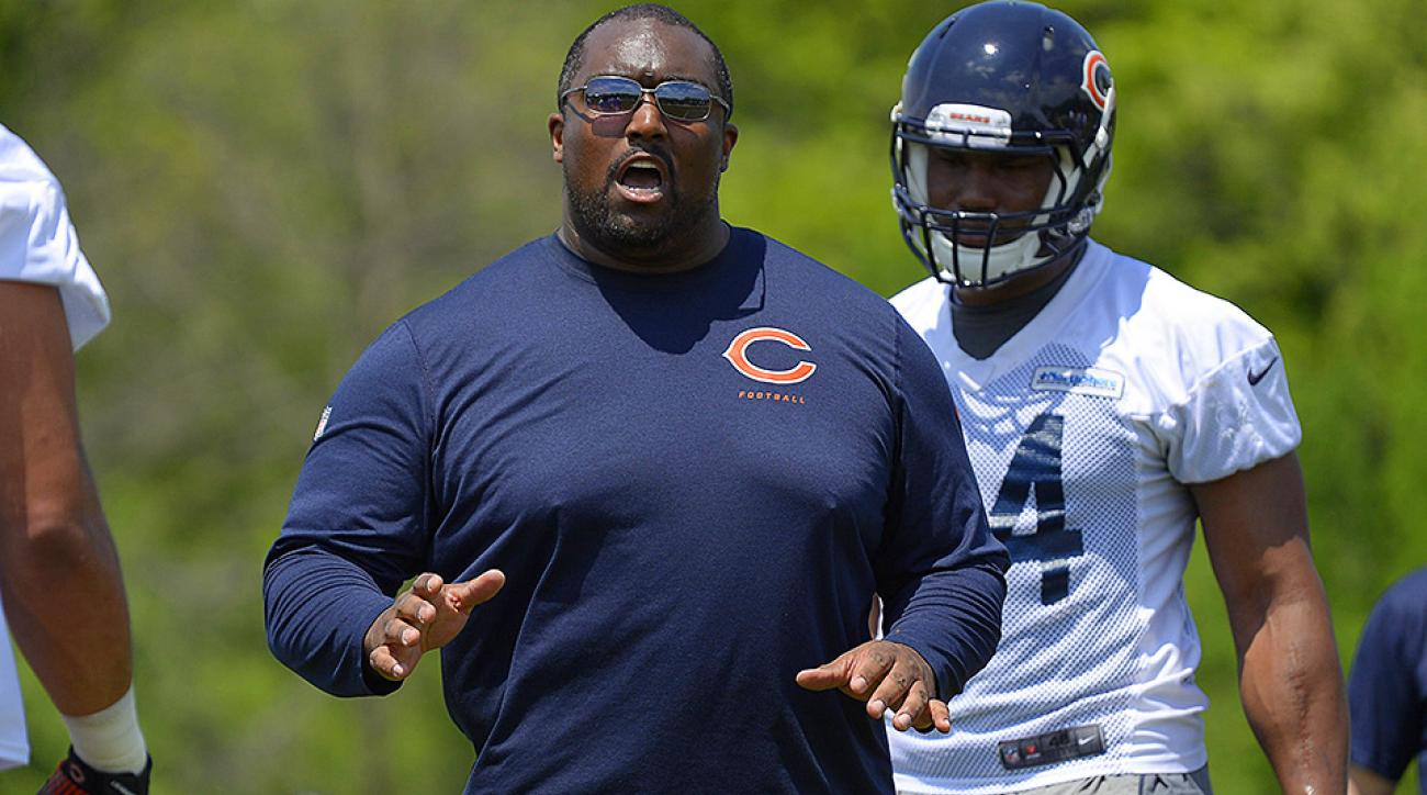 Chicago Bears block Clint Hurtt from joining Miami Dolphins