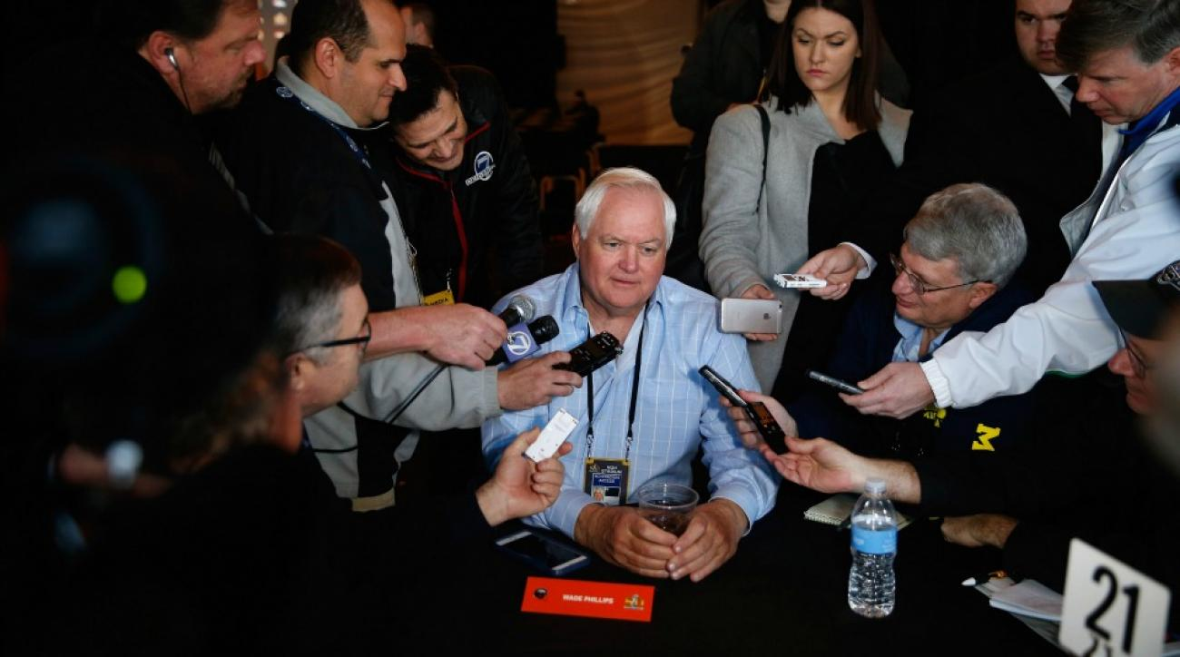 Wade Phillips mocks the dab in post-Super Bowl tweet