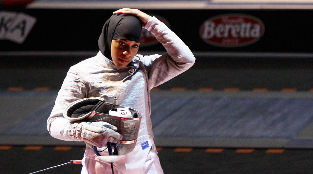 ibtihaj muhammad us fencing hijab muslim olympian rio 2016