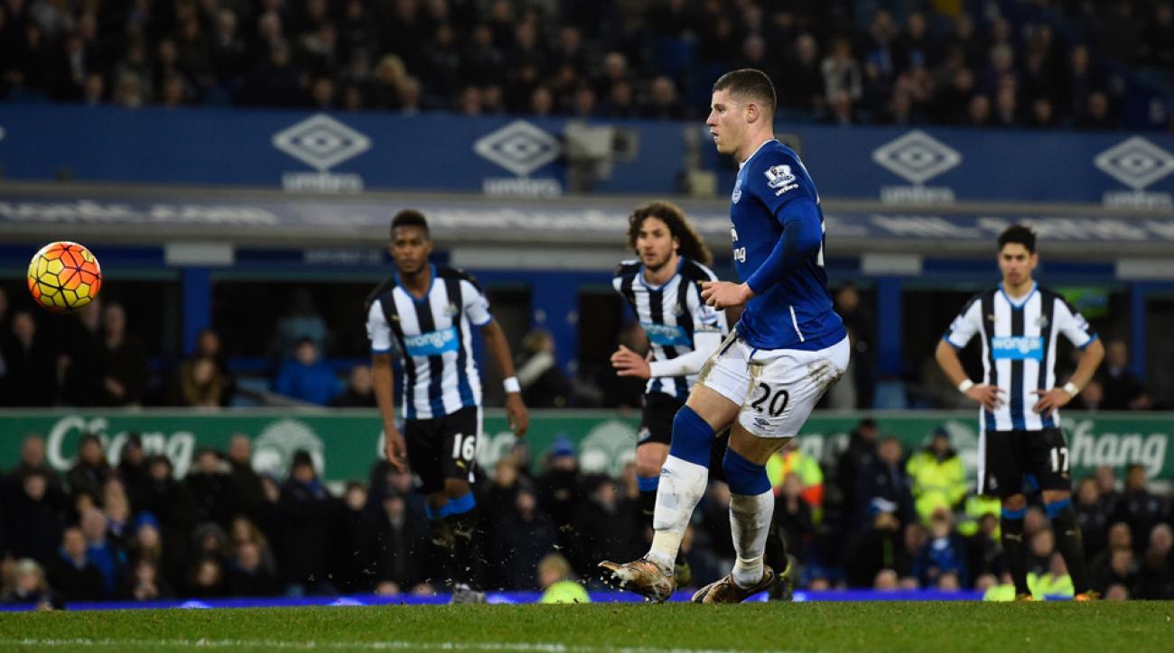 Everton blanks Newcastle 3-0 in Premier League
