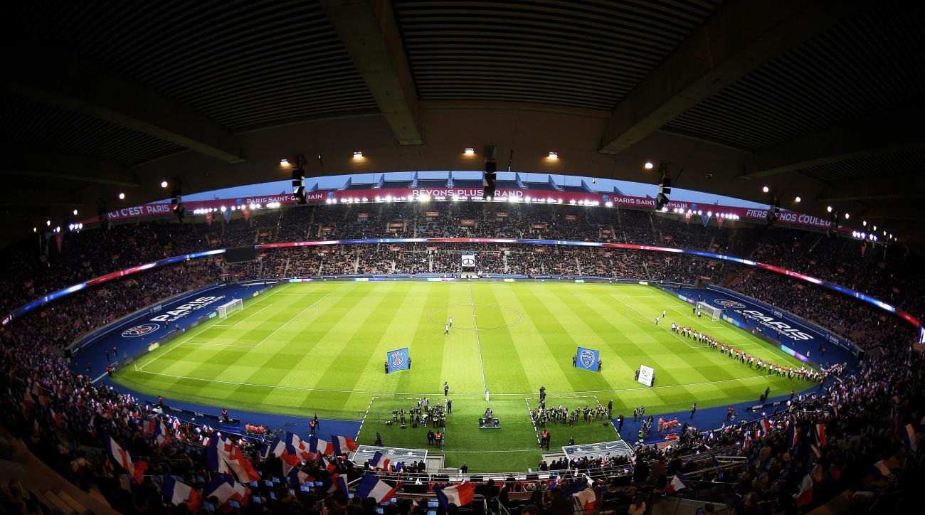 Racially taunted fan invited to PSG, Chelsea match