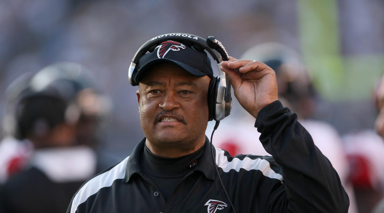 Titans hire Terry Robiskie as offensive coordinator